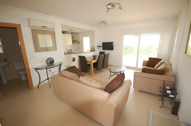 2 bedroom Town House For Sale: Townhouse, Phase 5, La Torre Golf Resort, REF – LT125
