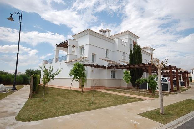 2 bedroom Town House For Sale: Townhouse, Phase 2, La Torre Golf Resort, REF – LT107