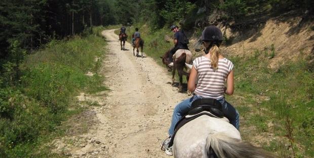 horse riding Bansko