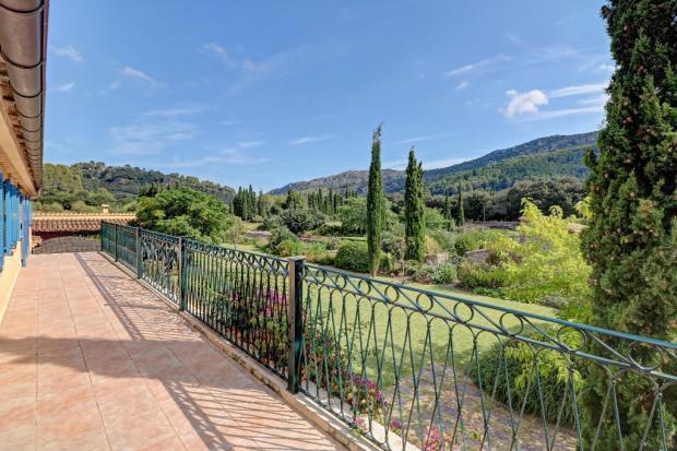 Top terrace + view