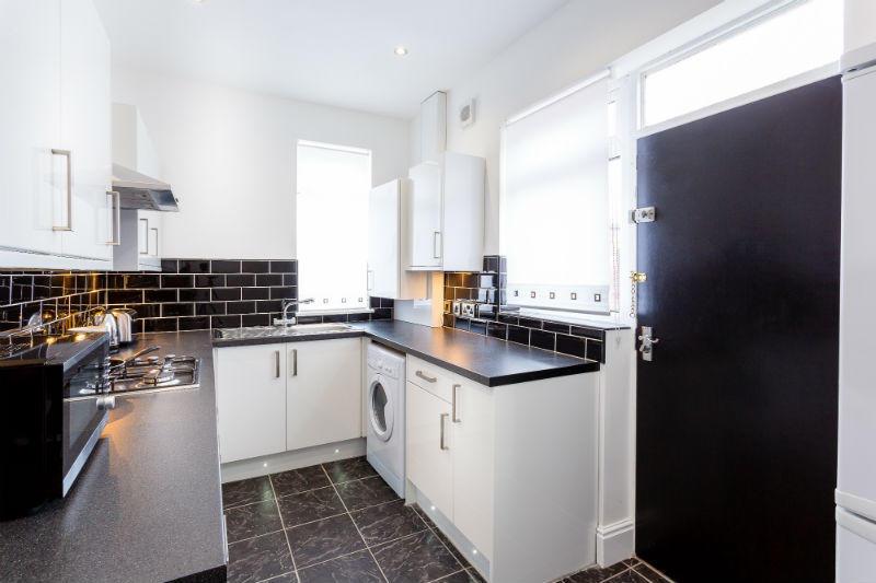 Copy of 16-suffolk-street-student-accommodation-kitchen-spec