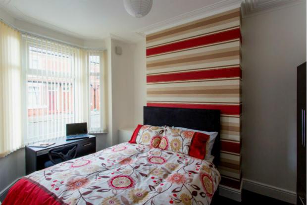 86 Blandford bedroom 1