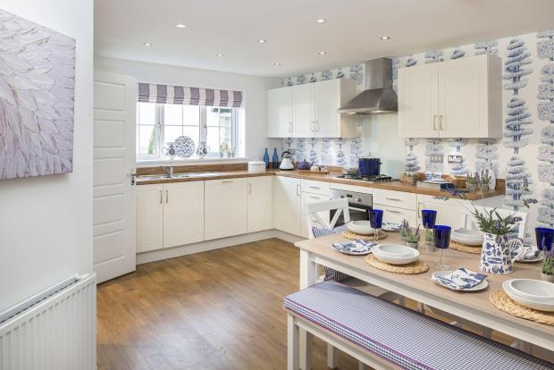 4 bed new home in Fremington