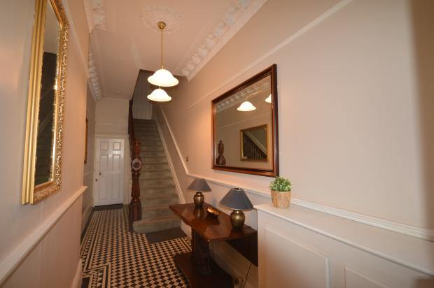 Cake Decorating Cathedral Road Cardiff : 2 bedroom flat to rent in Cathedral Road , Pontcanna ...