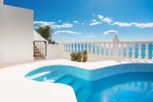 Villa for sale in El Campello, Alicante...