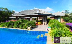 7 bedroom Villa for sale in Hua Hin