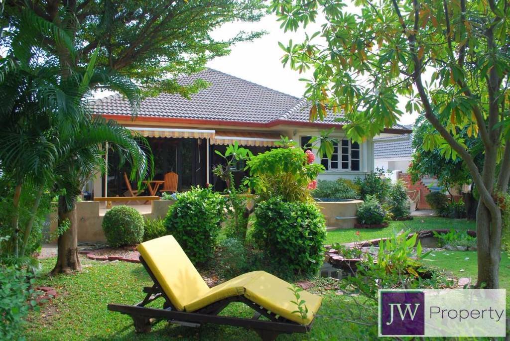 3 bed Villa for sale in Hua Hin
