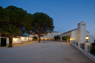 9 bed Villa for sale in Spain, Andalucia...