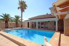 Villa for sale in Pedreguer, Alicante...