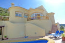 Villa for sale in Jalón, Alicante...