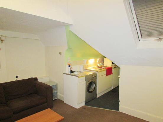 lounge 4.jpg