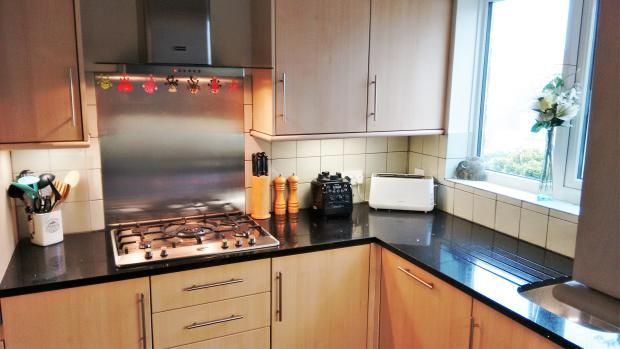Kitchen 2 advert