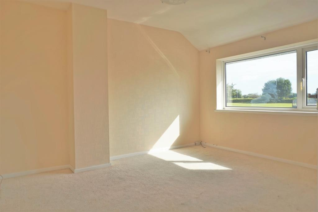 Master Bedroom.JPG