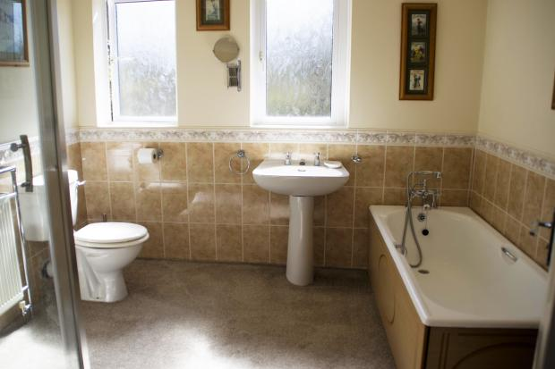 Bathroom. Park Road. Southport. Yopa. Estate Agent.