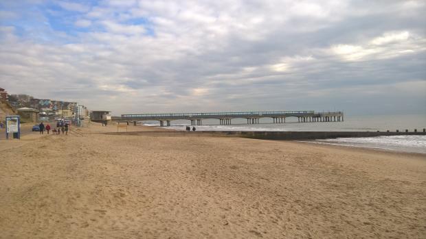 Boscombe Beach & Pier - eastwards