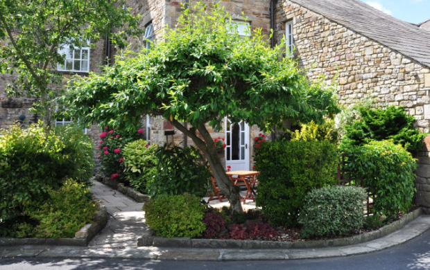 Garden. Low Mill. Caton. Lancaster. YOPA. Estate Agent