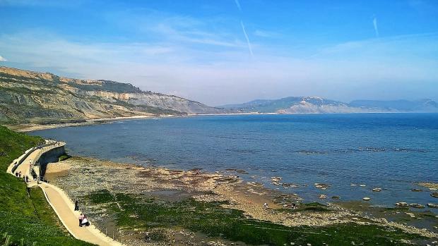 Coastal Walk 100 yards away