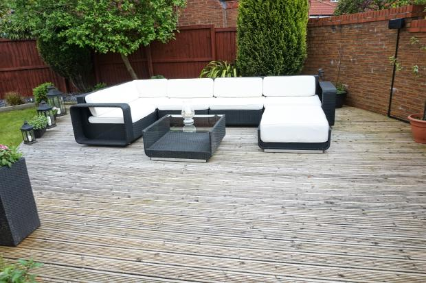 Decking seating