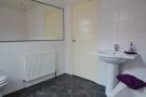 Bathroom. Leeds Road, Blackpool estate agent. YOPA. Bathroom..JPG