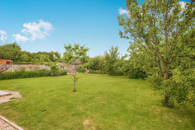 Garden.  Lancaster Road. Carnforth Estate agents. YOPA