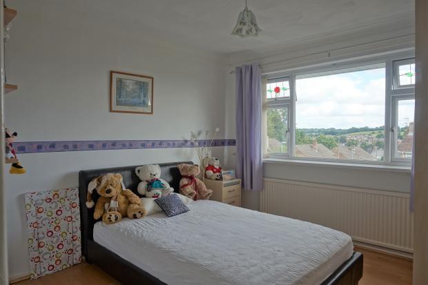 19 The LInks Bedroom 2