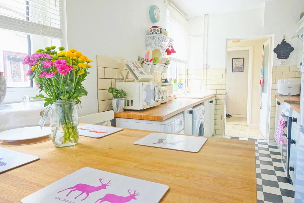 Kitchen Picture 1.JPG