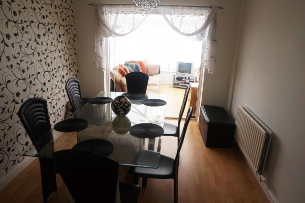 Dining Room to Conservatory.JPG