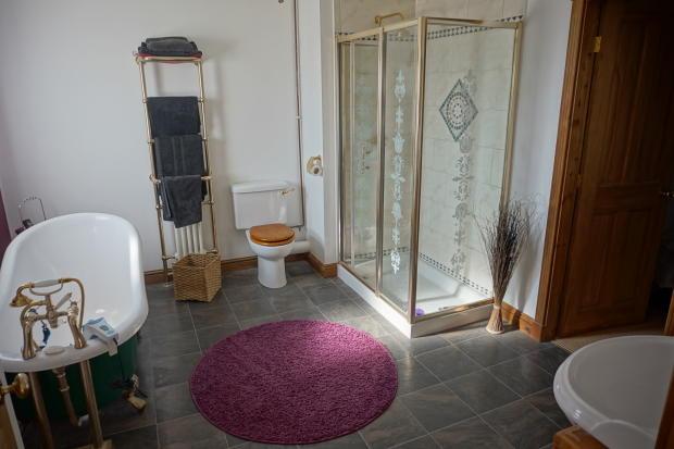 En-suite Bathroom & Dressing Room
