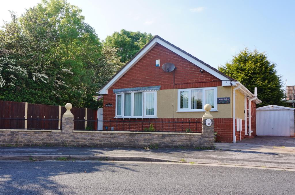 Front view. Ribble View Close. Warton Estate agents. Freckleton Estate agents. YOPA..JPG