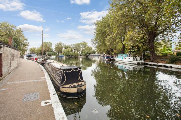 Canal View Alternative Aspect