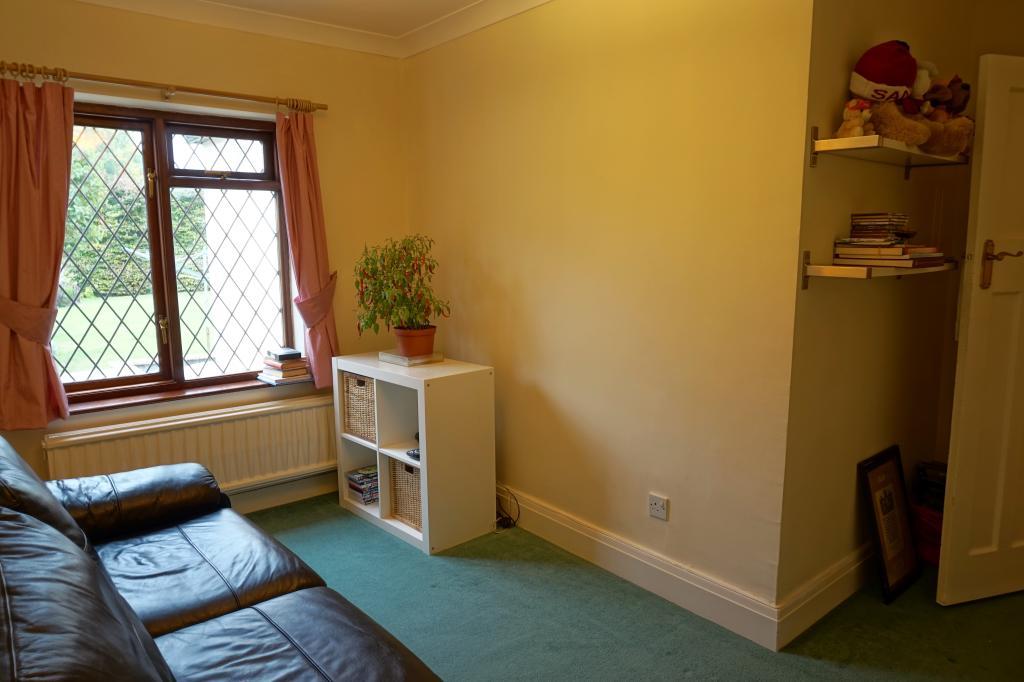 Bedroom (Ground Flootr)