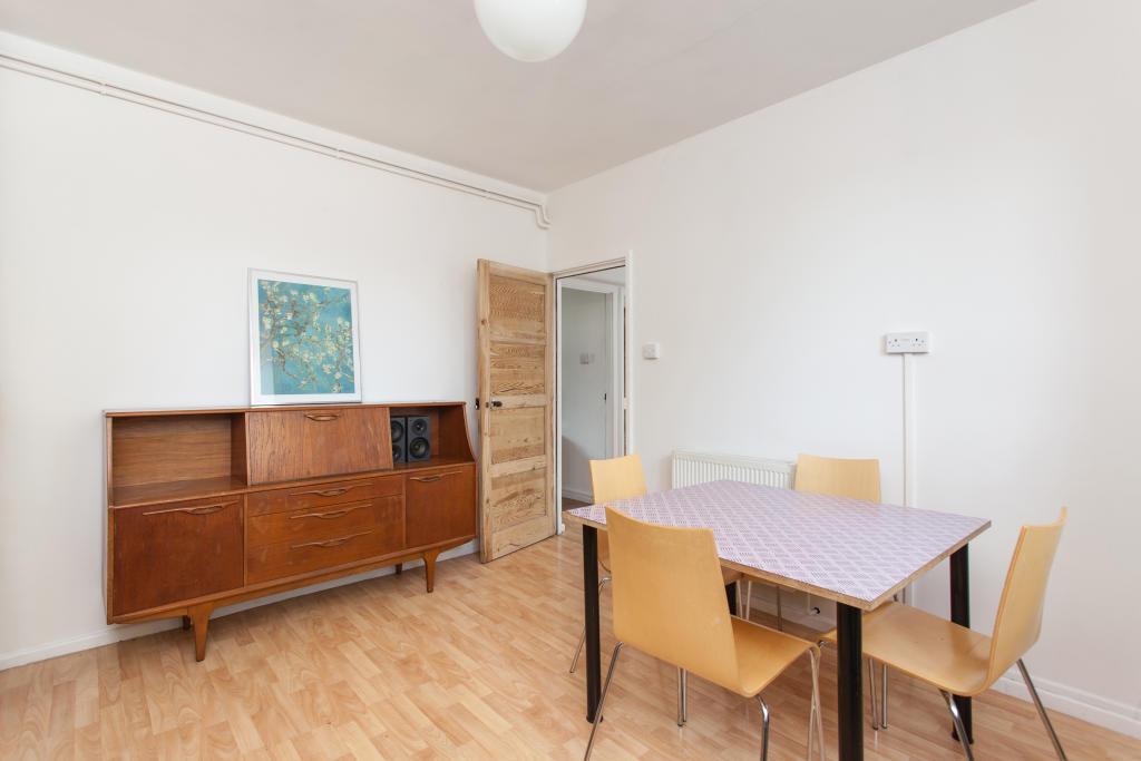 Kitchen/Breakfast Room Alternative Aspect
