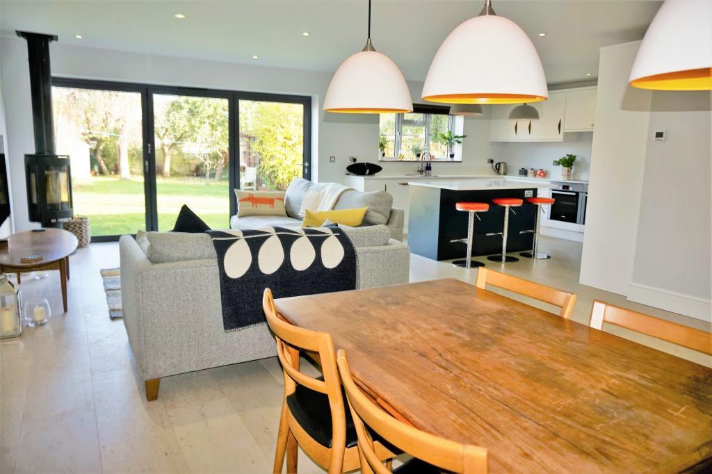 Open Plan Living, Kitchen Dining