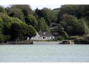6 bedroom Detached property in Kinsale, Cork