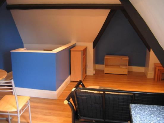 mini-lounge - overall.JPG
