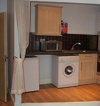 mezzanine kitchen.JPG