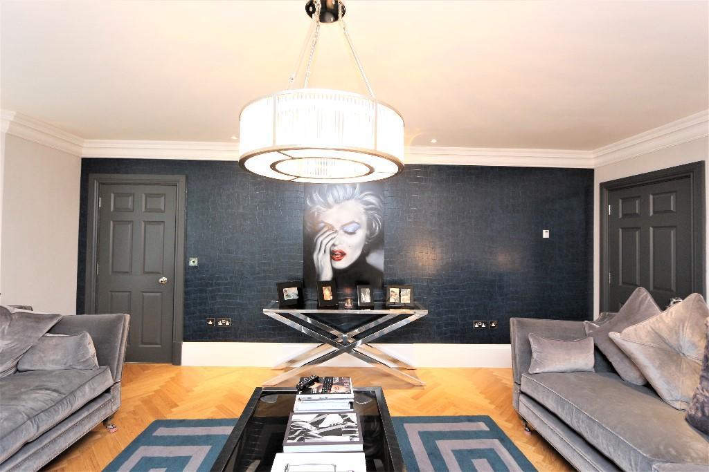 Higgins Homes,Family room