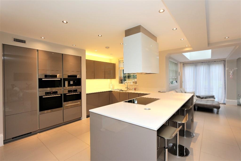 Higgins Homes,Kitchen