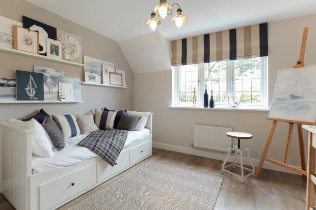 Dartmouth_bedroom_4