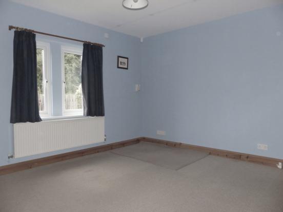 Annexe Bedroom/Li...