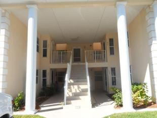 2 bedroom home in USA - Florida...