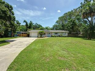 3 bedroom house for sale in Florida...