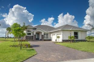 4 bed home in USA - Florida...