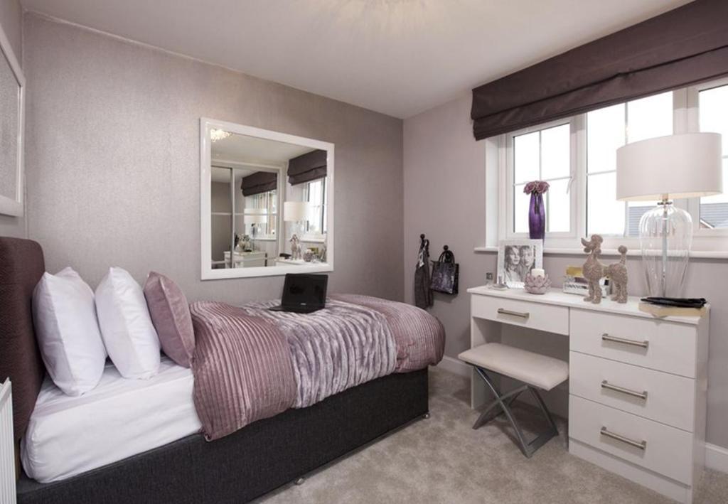 Warwick bed 5