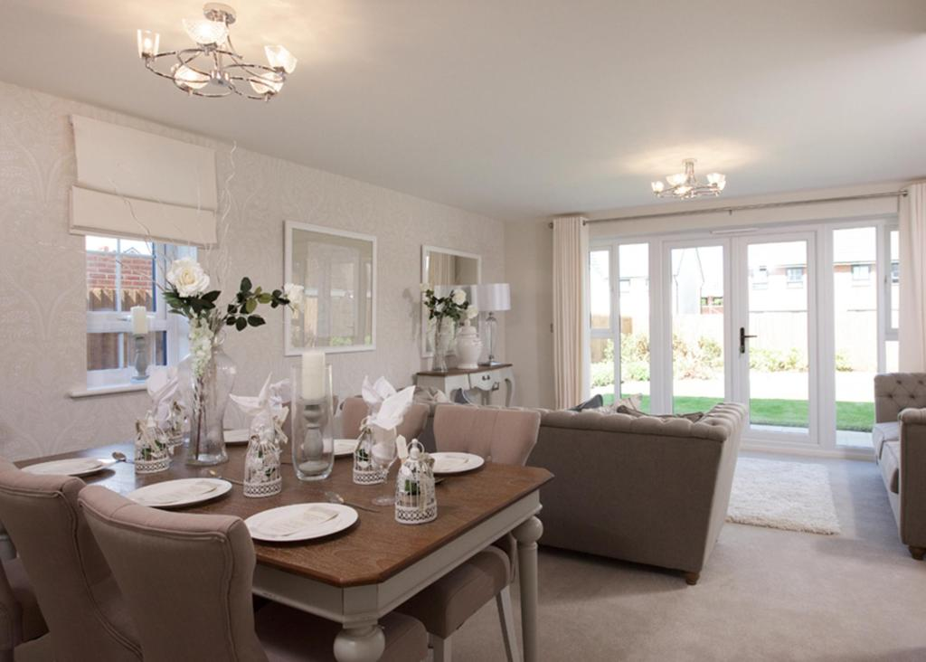 Oakham lounge/dining