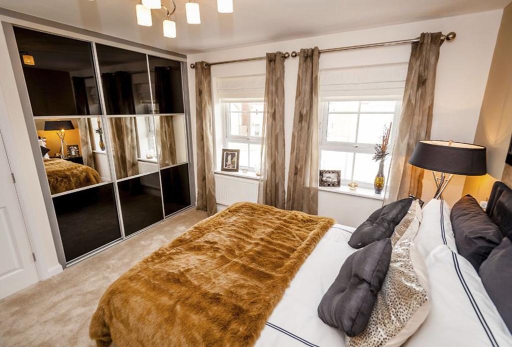 Faringdon double bedroom