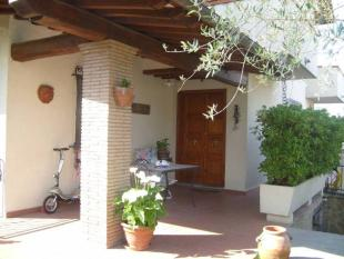 Character Property in Arezzo
