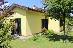 Villa for sale in Camugnano