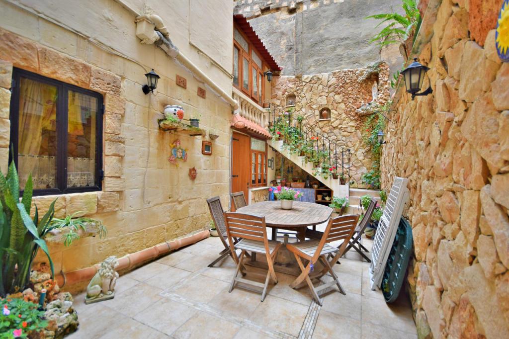 3 bedroom Duplex in Valletta