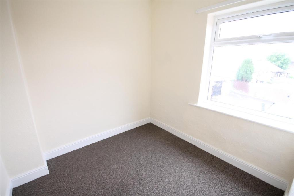 6 Gurlish Bedroom 2.
